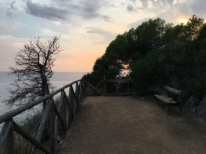 Relax-Sperlonga-Antica-Via-Flacca-BBMalakiri-tramonto